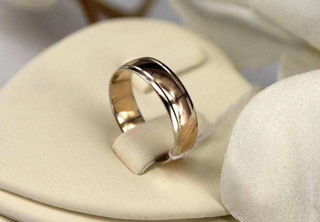 Как выбрать обручальное кольцо, которое идеально подходит для вашего образа жизни