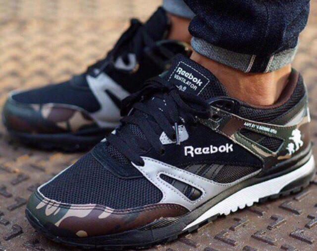Современные кроссовки Reebok
