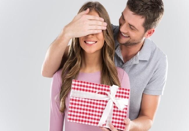 Подарки для женщин в Алматы