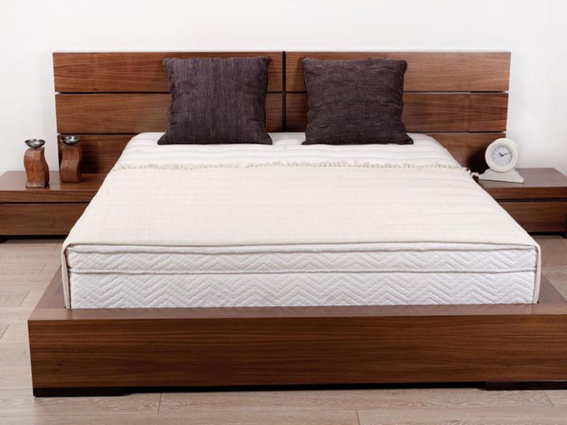 Кровати из натурального дерева - преимущества и основные рекомендации по выбору