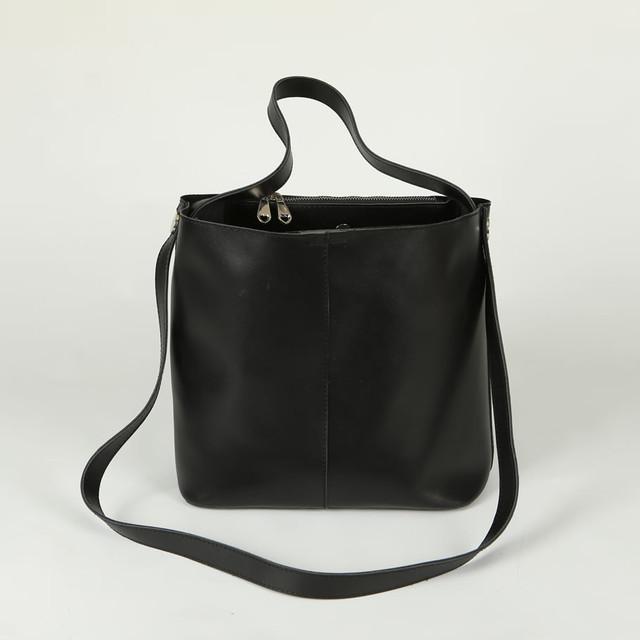 Покупка ручной клади. Женские кожаные сумки