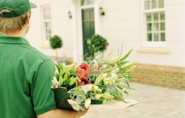 Цветы с доставкой: преимущества