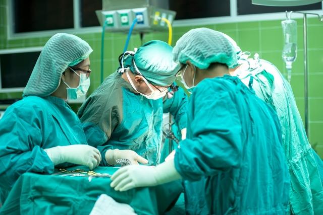 Особенности терапии и хирургических вмешательств
