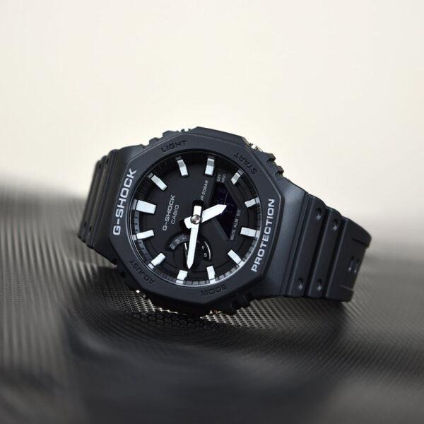 За якими критеріями вибирати наручний годинник для нього і неї?