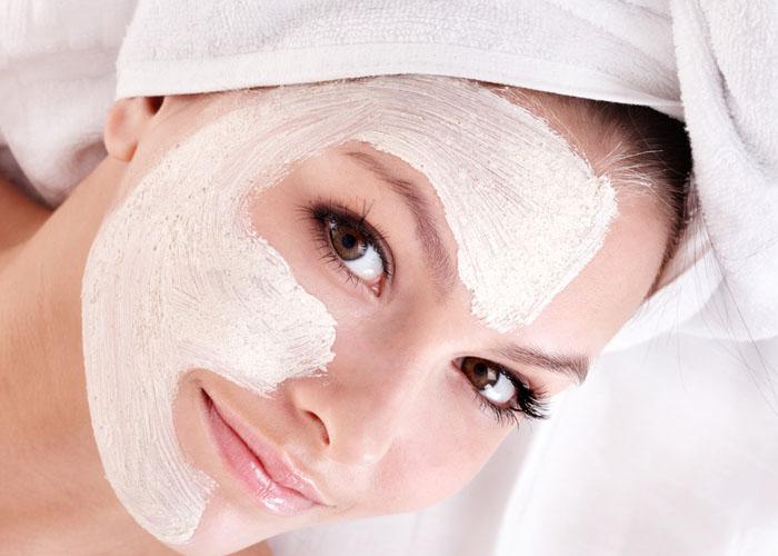 Тонкости нанесения макияжа