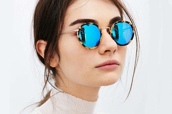 Модные тенденции и популярность в очках