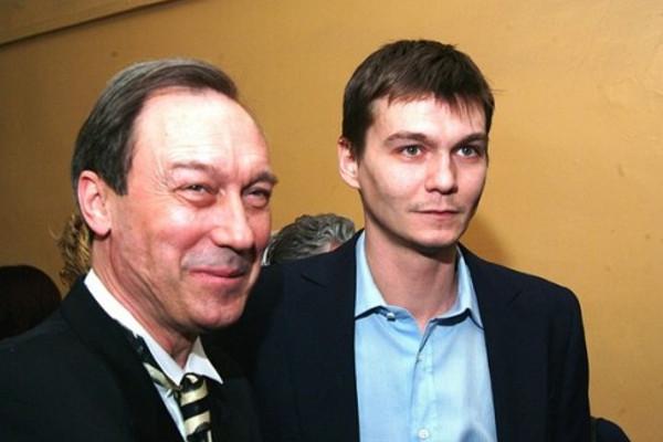 Сын Олега Янковского, умершего от онкологии, одержал победу над раком третьей степени