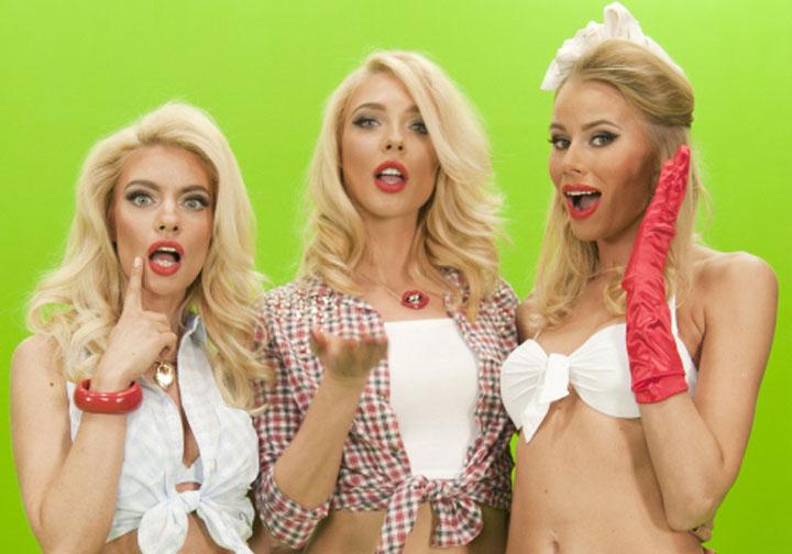 Членов блондинке и мало трех
